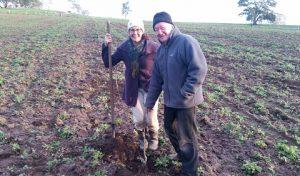 Merv Katie planting last apple tree-480x281
